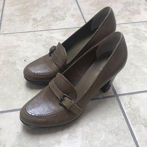 Franco Sarto dress shoe with heel, brown